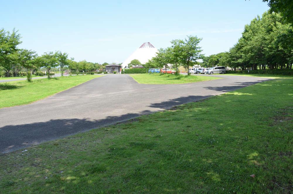 クレインパークの駐車場